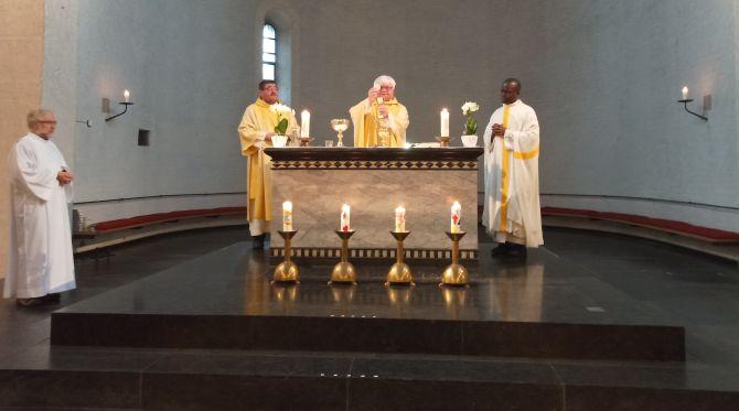 Wir sind Gottes Melodie: Weisser Sonntag in Corona-Zeiten