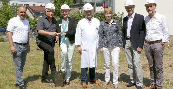 Spatenstich für neues Ärztehaus am St. Agatha-Krankenhaus